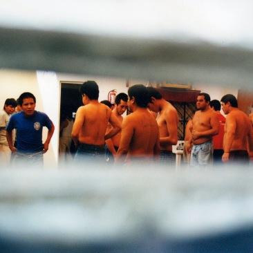 Internos realizan ejercicio físico I. Chimalhuacán, EDOMEX 2008.