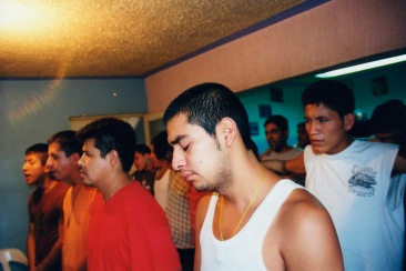 Decidimos poner nuestras voluntades y nuestras vidas al cuidado de Dios, como nosotros lo concebimos. Chimalhuacán, EDOMEX 2008.