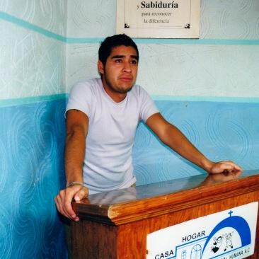 "Me llamo ""fulano de tal"" y soy un adicto I. Chimalhuacán, EDOMEX 2008."