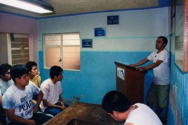 "Me llamo ""fulano de tal"" y soy un adicto II. Chimalhuacán, EDOMEX 2008."