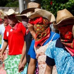 Ánimas enmascaradas danzan para engañar a la muerte III. Huejutla Centro, Hidalgo 2014.