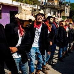 Ánimas enmascaradas danzan para engañar a la muerte V. Huejutla Centro, Hidalgo 2016.